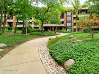 1401 Burr Oak Rd Unit 111B, Hinsdale